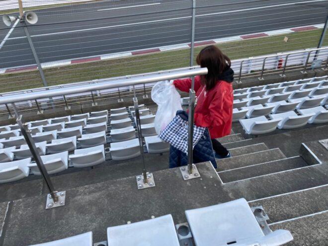 レース会場運営